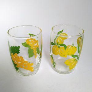 Vintage vruchten glaasjes druif citroen