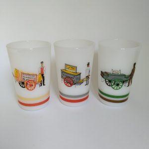 Vintage Melkbekers Melkglas VAMI en PMI