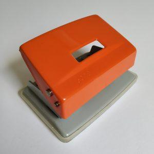 Vintage Oranje Perforator van Leitz